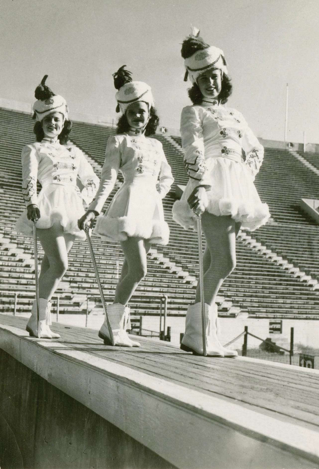 Majorettes, 1940s