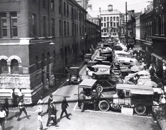 a view of knoxville early 20th century