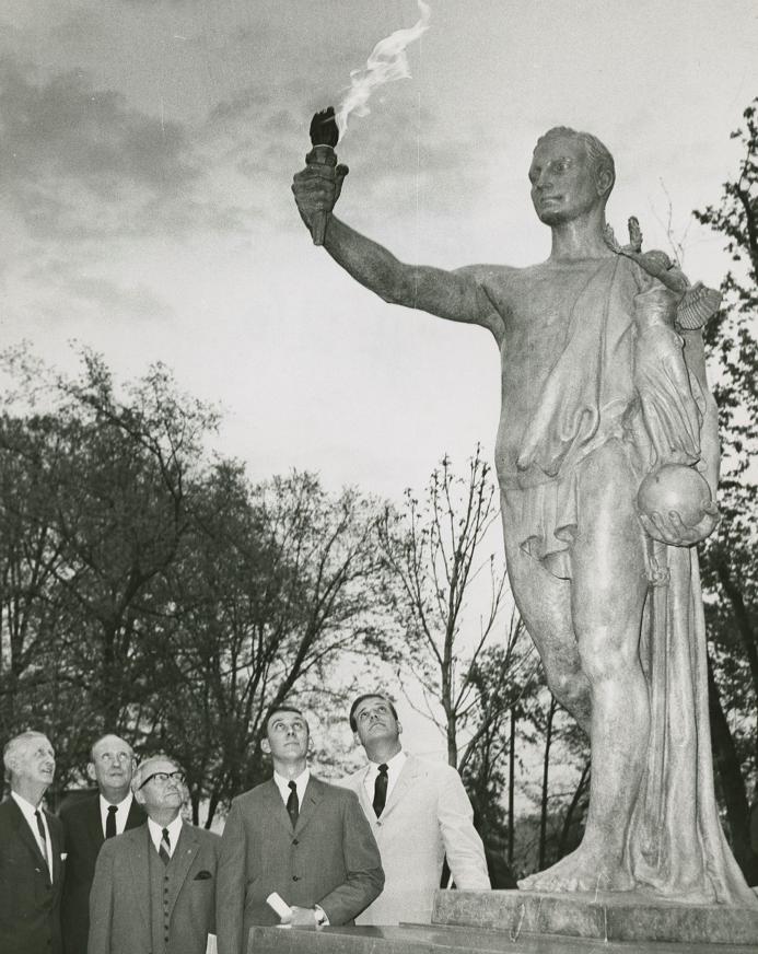 Volunteer Statue Unveiling 1968